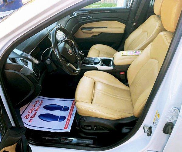 Beige_Interior_Front-Seats