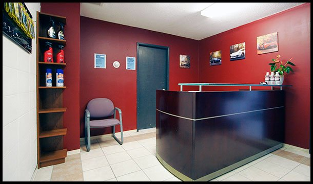 Champs_Detailing-Reception-Room