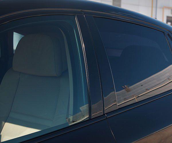 Window-Tinting-Edmonton-Black-Car